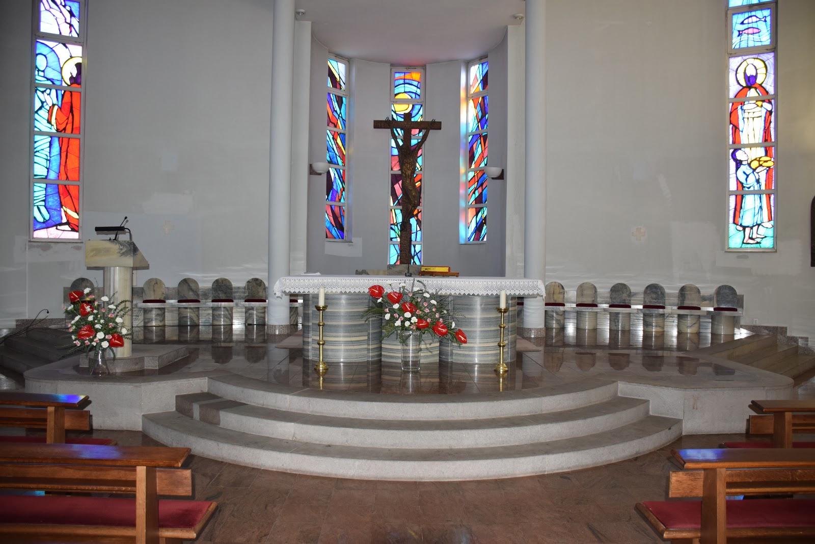 Raspored slavlja sakramenata euharistije i ispovijedi